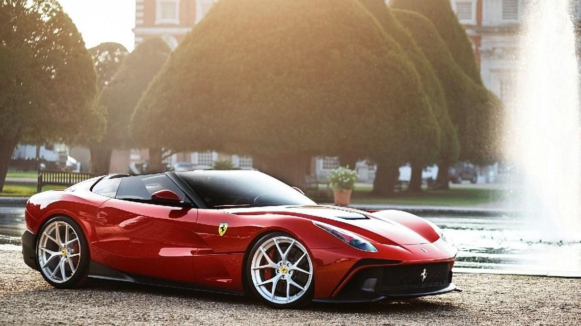Ferrari F12 TRS 2014 – Moteur 6,2 litres V12 740 chevaux