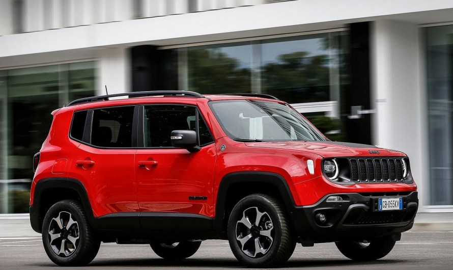Jeep Renegade 4xe 2021 avec une recharge complète plus rapide
