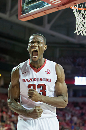 FAYETTEVILLE, AR - NOVEMBER 13: Moses Kingsley #33 of the Arkansas Razorbacks screams after dunking the basketball during a game against the Southern University Jaguars at Bud Walton Arena on November 13, 2015 in Fayetteville, Arkansas. The Razorbacks defeated the Jaguars 86-68. (Photo by Wesley Hitt/Getty Images) *** Local Caption *** Moses Kingsley (Wesley Hitt/Getty Images)
