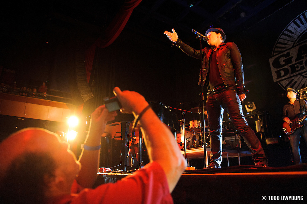Gavin DeGraw performing at the Pageant in St. Louis on October 11, 2011. © Todd Owyoung. (Todd Owyoung)