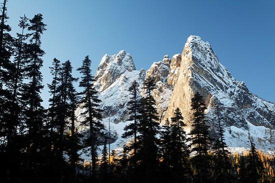 Liberty Bell Mountain at sunrise, Washington Pass, Washington State, USA (Copyright Brad Mitchell Photography.9601 Wall St.Snohomish, WA 98296.USA.425-418-7279.brad@bradmitchellphoto.com)