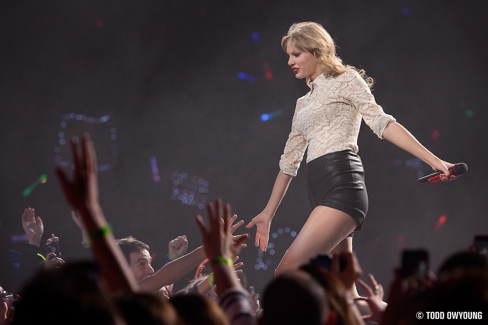 Photos Taylor Swift Scottrade Center Music Photography Ishootshows Com