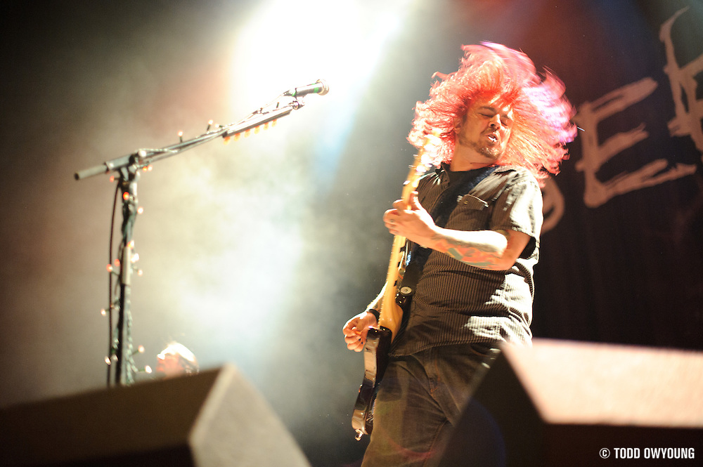 Photos of the band Seether performing at the Pageant in St. Louis on September 8, 2010. (© Todd Owyoung)