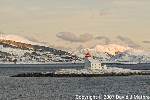 Lighthouse outside Torvik. Image taken with a Nikon D2xs and 28-70 mm f/2.8 lens (ISO 200, 70 mm, f/6.7, 1/180 sec). (David J. Mathre)