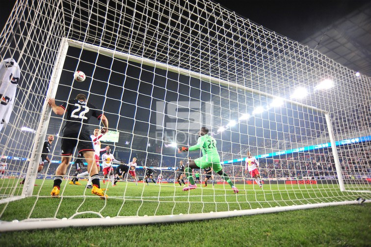 HARRISON, NJ - Sunday, November 2, 2014: The New York Red Bulls defeat DC United 2-0 at Red Bull Arena in the MLS Cup Playoffs. (Mike Lawrence/isiphotos.com)