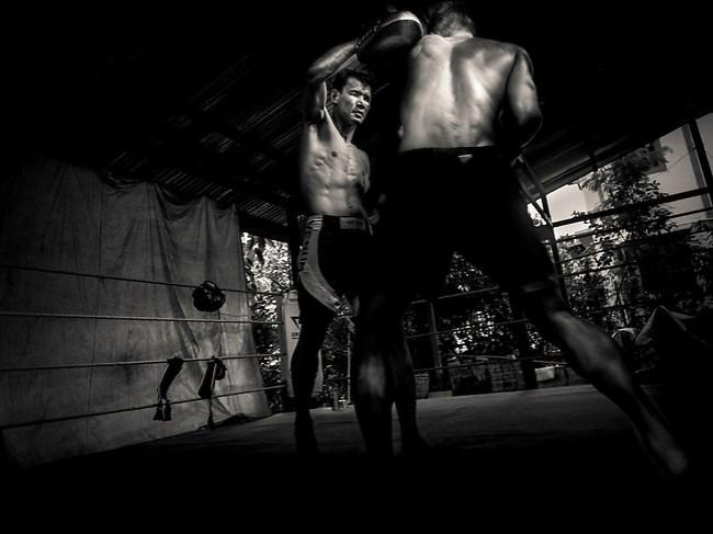 Vittore Buzzi Photography Yangon, Myanmar Lethwei - Let Wei Burma Boxe. Lone Chaw was 3 times Myanmar National Champion. Lethwei's real legend. Gym (Vittore Buzzi)