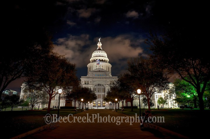 Texas capital at night (Bee Creek Photography - Tod Grubbs)