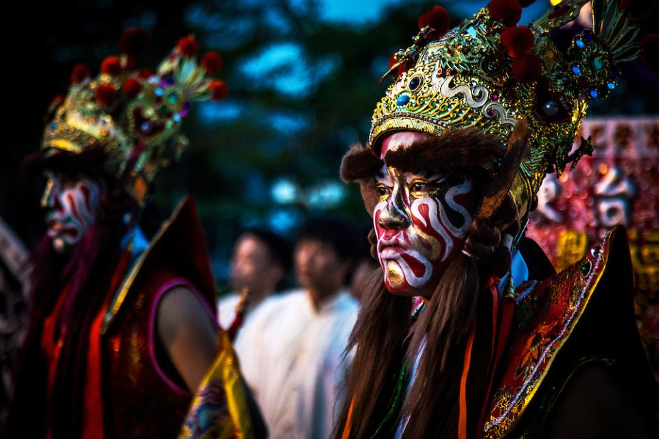Characters portraying Guanjiang Shou prepare for the temple festival in Dulan, Taiwan. (Paul Ratje)