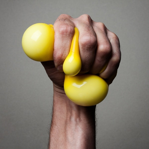 Jonassn-christopher-squeeze-me-01