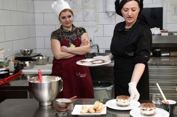 Photo-event-italian-coocking-class-IMG_8749-ps-crop