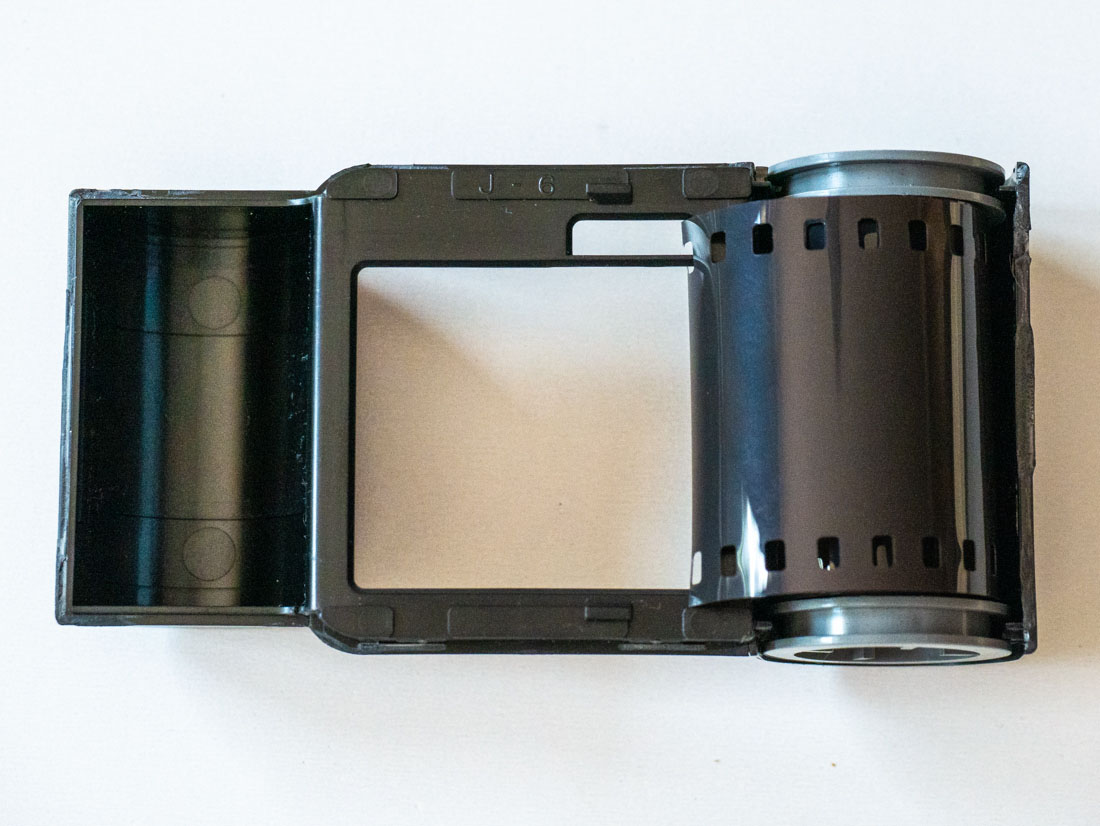 Reloading a 126 film cartridge