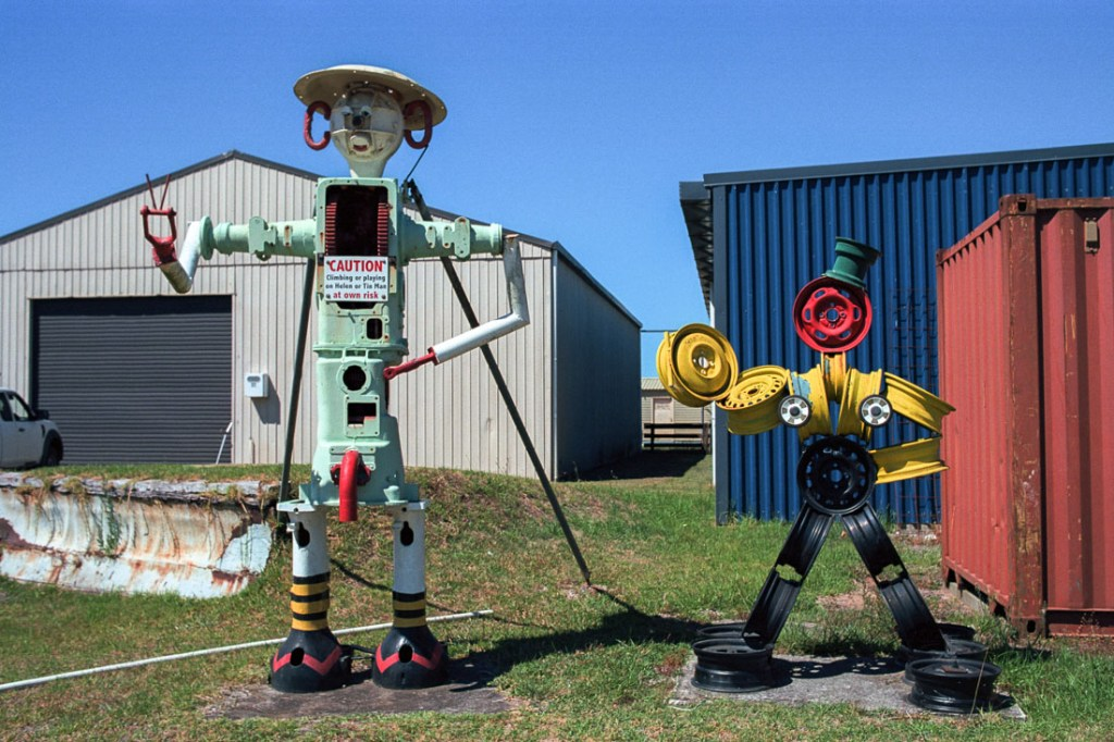 Whitianga Airport, Coromandel Peninsula, NZ | Nikon FM2n | Nikkor 50mm f/1.4 Ai | Kodak Portra 400