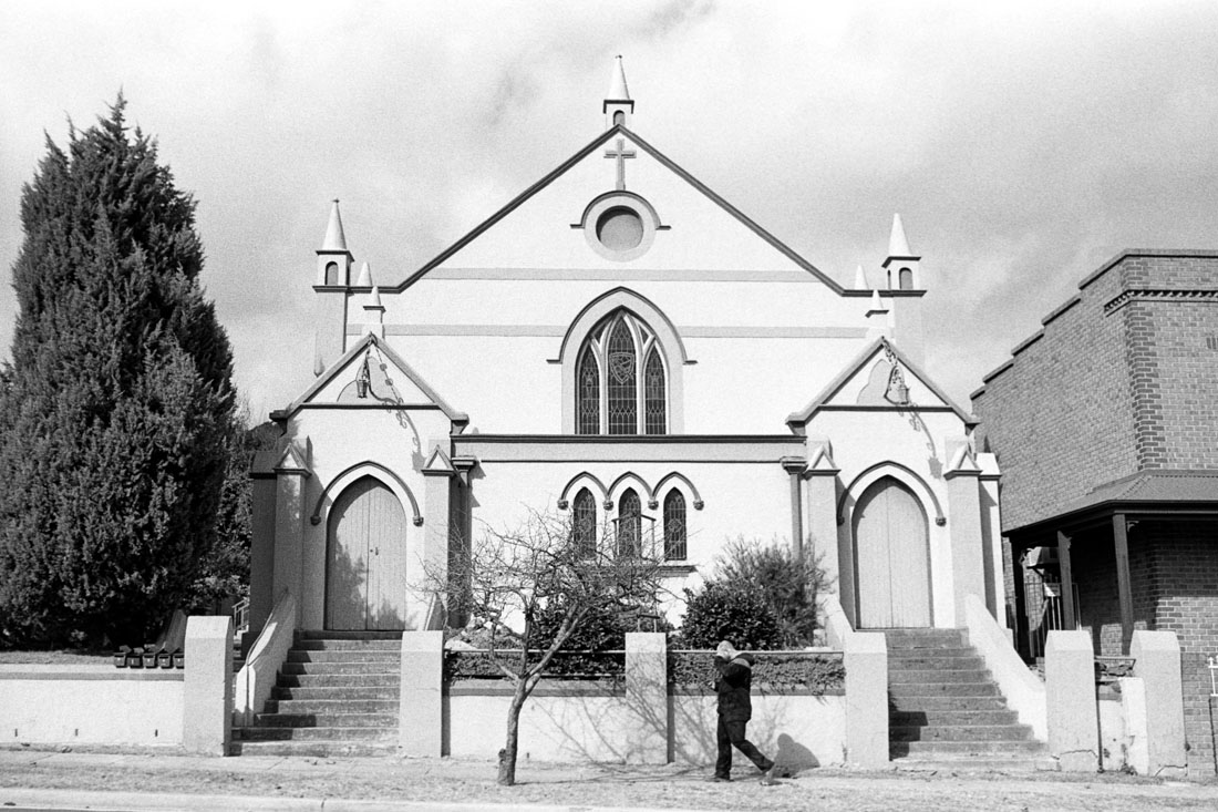 Church, Lithgow | Nikon FM2n | Nikkor 35mm f/2.8 Ai |Ilford HP5+ 400