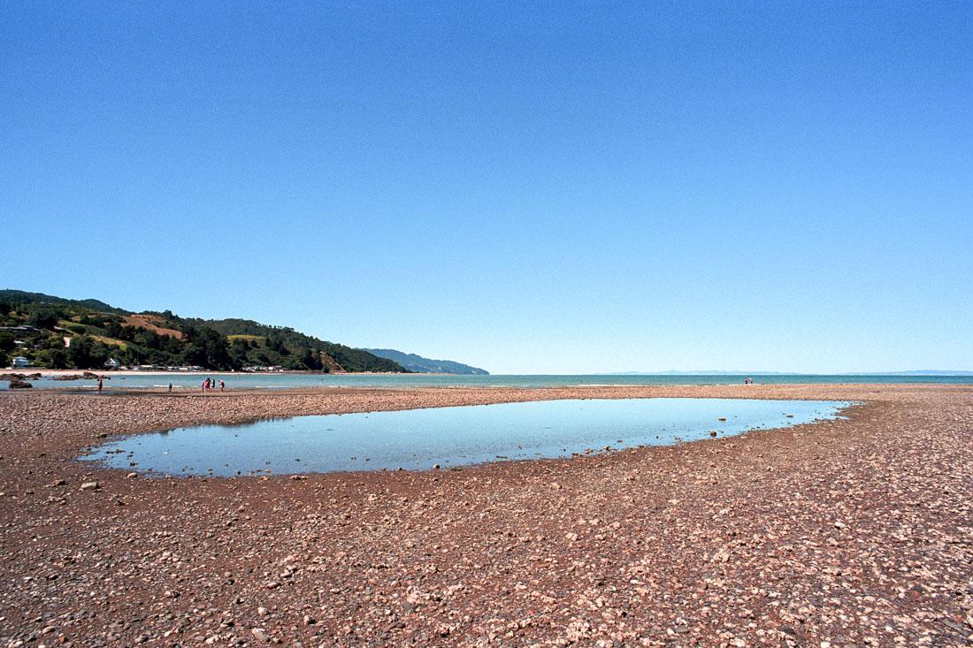 Te Mata, Coromandel Peninsula, NZ | Nikon FM2n | Nikkor 20mm f/4 Ai | Kodak Portra 400