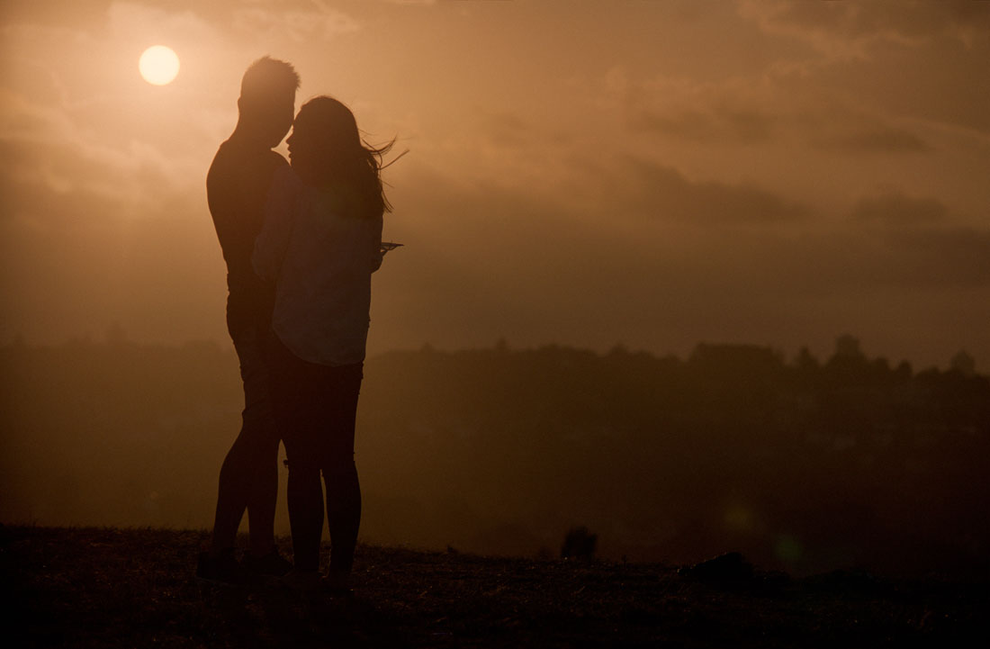 Lover's sunset | Nikon F3 | Nikkor 80-200mm f/4.5 N Ai | Kodak Portra 160