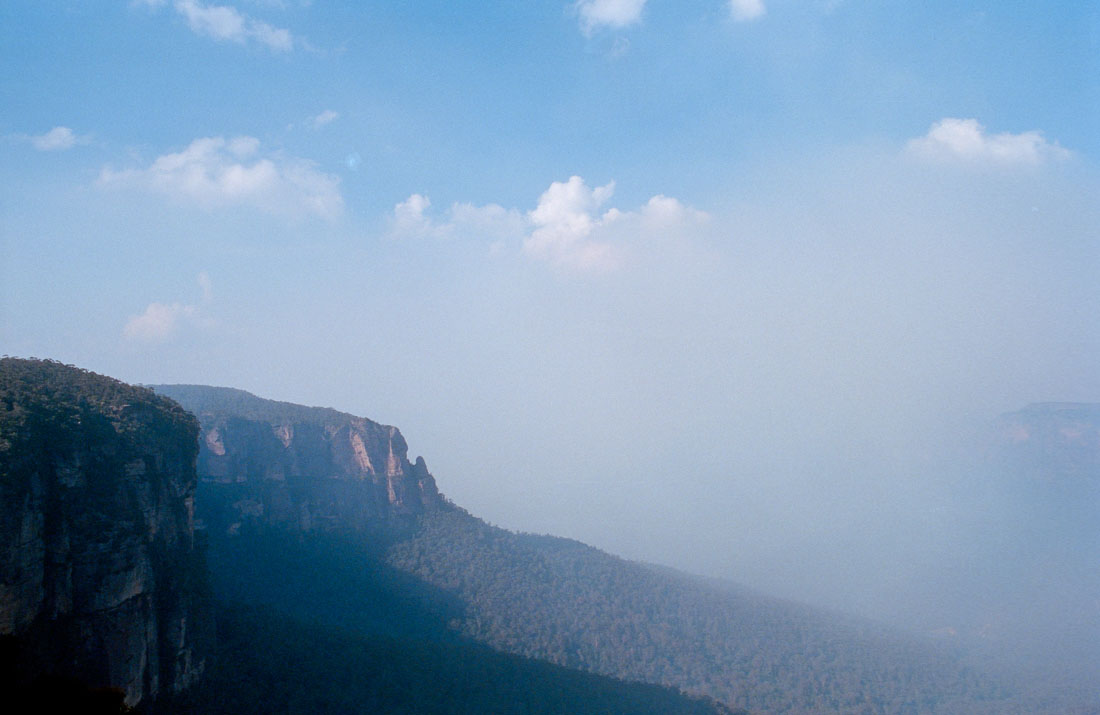 Blue Mountains in bushfire smoke | Nikon F3 | Nikkor 28mm f/2.8 Ai | Kodak Portra 400