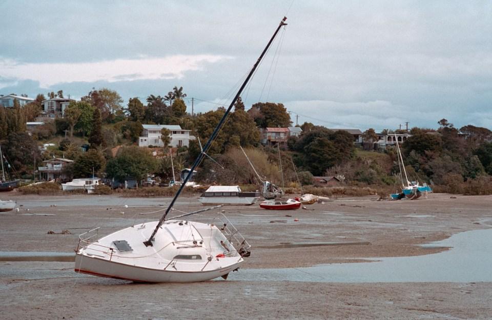 Tide is out | Nikon F3 | Nikkor 85mm F/2 Ai-S | Kodak Portra 400