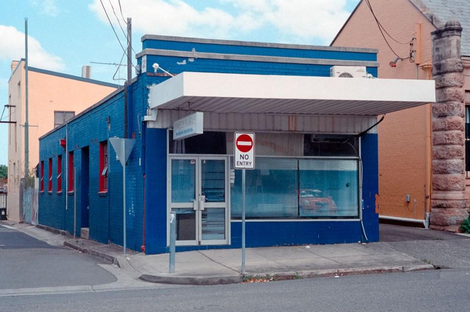 Blue shop | Leica M2 | Leica Summicron 50mm f/2 | Kodak Portra 400