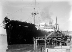 Car bodies aboard ship Rembrandt in Newcastle Harbour, July 24, 1947.