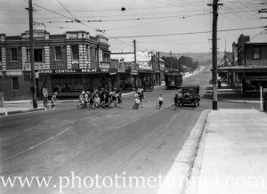 Intersection of Glebe Road and Brunker Road, Adamstown, NSW, circa 1930s.