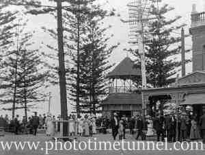 East end of the Corso, Manly, Sydney NSW, circa 1910.