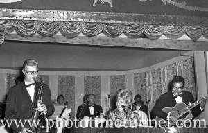 American cabaret singer Frances Faye at Chequers nightclub, Sydney, April 10, 1965. (4)