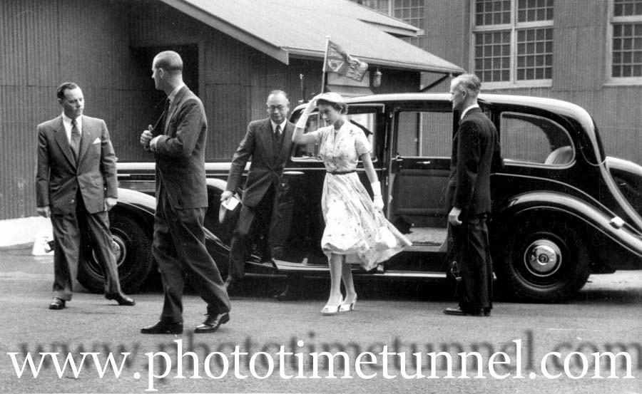 Queen Elizabeth visits Newcastle, 1954