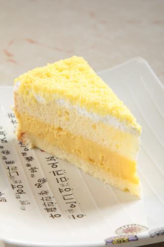 【海綿蛋糕切餅甜品】比自己拍攝更便宜的食物相片方案