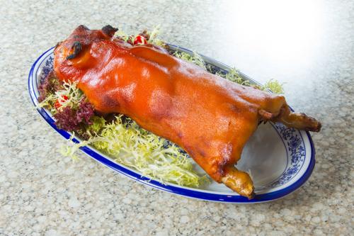 【香港地道傳統食物酬神乳豬全體】可以下載的食物相