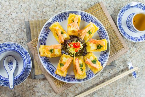 【惹味香口小食前菜酥炸蝦多士】專業食物攝影師的圖片庫