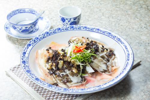 【香滑鮮魚料理豉汁蒸魚頭】比自己拍攝更便宜的食物相片方案