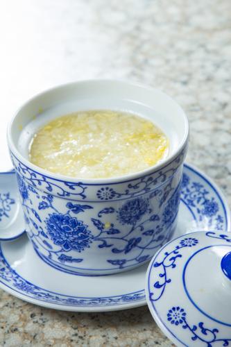 【傳統中式雪耳蛋花糖水】專業食物攝影師的圖片庫