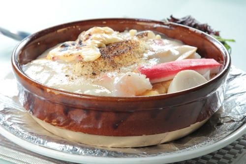 【海鮮蟹柳大蝦白汁焗飯】飲食業專用素材圖像