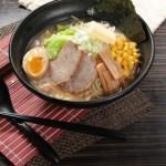 【傳統日式麵豉湯流心蛋叉燒海苔拉麵】飲食業專用素材圖像
