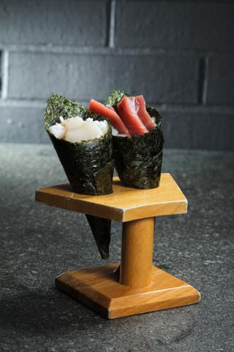 【帆立貝吞拿魚手捲】飲食業專用素材圖像
