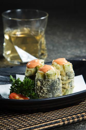 【千島醬油炸壽司卷物】食品工業用減省支出最佳方案圖庫相片