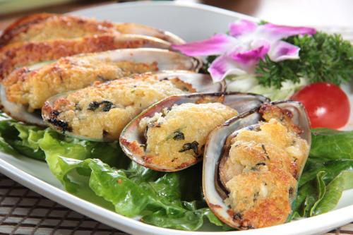 ベトナム風にんにく焼きムール貝