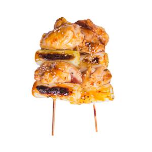 【大蔥雞肉串燒 | 直身正面】已剪走背景可以下載即用的食物相