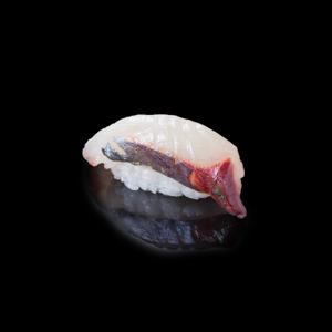 黃尾魚壽司 黑色背景倒影版本的去背退地食物素材相片