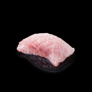 吞拿魚大拖羅壽司 黑色背景倒影版本的去背退地食物素材相片