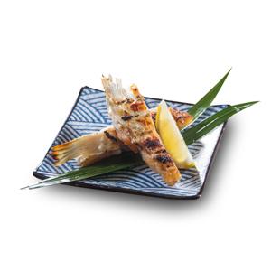 烤三文魚鰭的去背退地食物素材相片