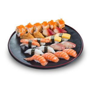 家庭裝三文魚油甘魚蟹柳玉子加州卷壽司盛合的去背退地食物素材相片