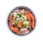 原盅鳳爪排骨蒸飯的去背退地食物素材相片