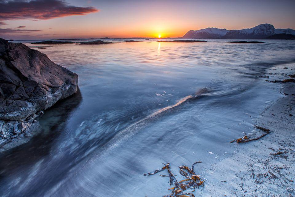 EGGUM SUNRISE   © Thomas Strupler