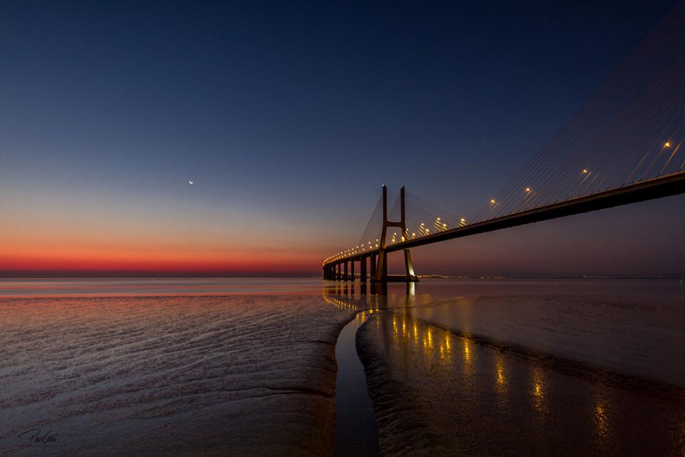 Sonnenaufgang Vasco da Gama   © Pari Comninos