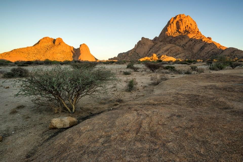 Spitzkoppe im Morgenlicht © Raik Krotofil