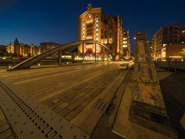 THE BRIDGE HAMBURG HAFENCITY @ RAIK KROTOFIL