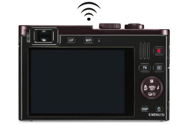 Leica C camera with integrated Wi-Fi/NFC (Near Field Communication) module.