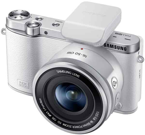 Samsung NX300 SMART Camera  (white) with 16-50mm OIS Power Zoom + SEF-8 Flash