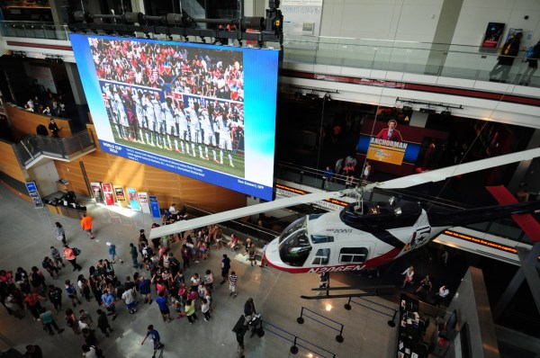 Huge HD Screen in Newseum's New York Times Great Hall of News. Image courtesy Newseum and AFP.